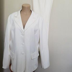 Chicos Cream Off White Pant Suit 3